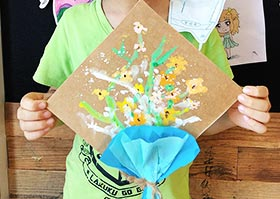 送给爸爸的花-儿童画基础B班2020年6月20日◆春季班◆新起点画苑-学生作品